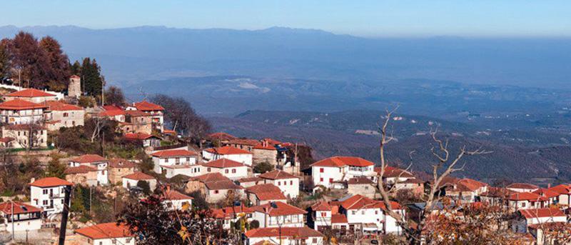 Αρχάγγελος: Παραδοσιακό χωριό στις πλαγιές του Πάϊκου