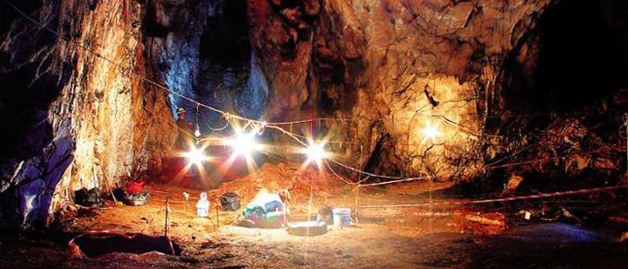Το εντυπωσιακό Σπηλαιοπάρκο της Αλμωπίας